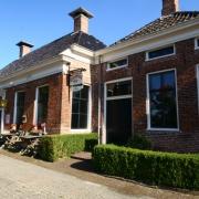 Te koop aangeboden sfeervolle Brasserie en moderne, onder architectuu...