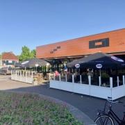 Te koop aangeboden Grand Cafe en een Cafetaria in Hoogezand